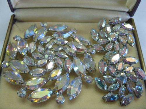 B. David pin brooch earrings aurora borealis designer fashion jewelry. Image credit Natalia Sjolie