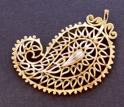 Galina Karputina collection. brooch paisley. Marked. Vendome costume Jewellery
