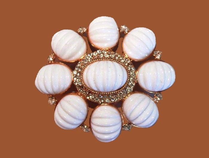 Gorgeous white brooch, rhinestones silver tone metal