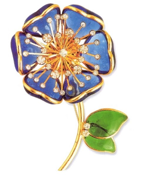 Histrour de Verre brooch. Gilded copper, Pate de Verre tecnhique - blue petals and green leaves, transparent rock crystal. 1990's, diameter 8.25 cm £ 180-220 CRIS