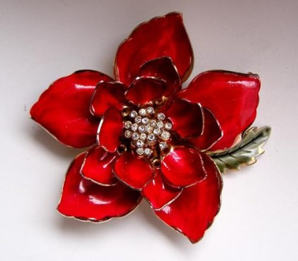 Beautiful Red Flower brooch