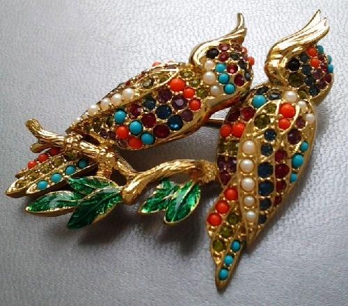 'Royal parrot' vintage brooch