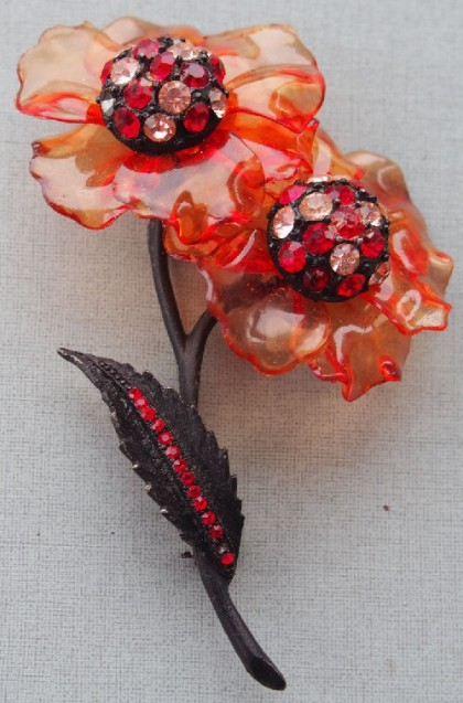 Red poppy Vintage brooch
