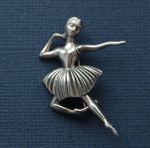 Ballerina vintage brooch. 1960-70s