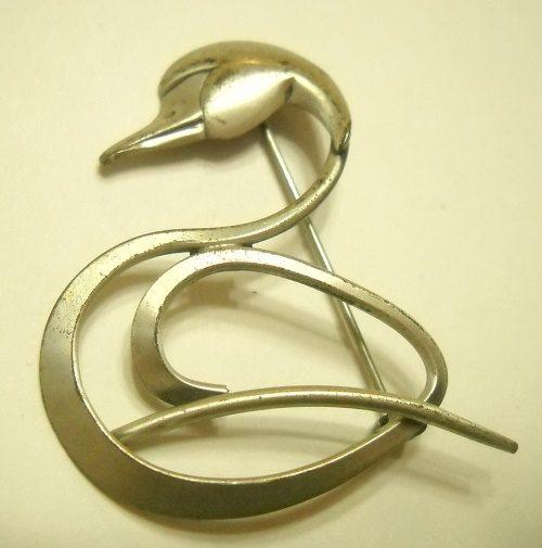 Art Deco Swan Brooch