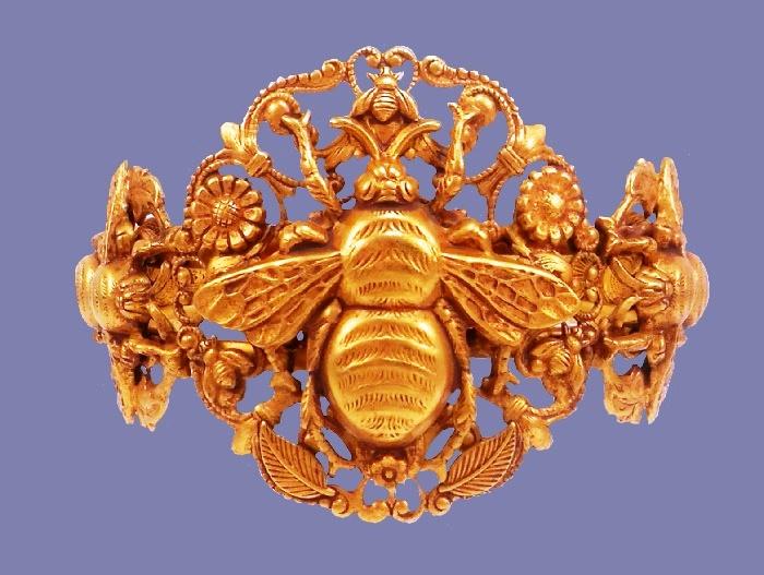 Bee cuff bracelet. 24K gold plated
