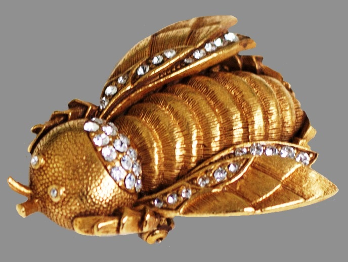 Bumblebee vintage brooch, brass with gold, rhinestones. 4.8 cm