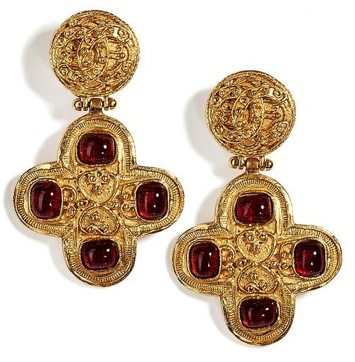 Exquisite Coco Chanel jewellery decorations - Kaleidoscope