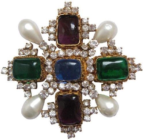 vintage brooch-pendant. Coco Chanel jewellery