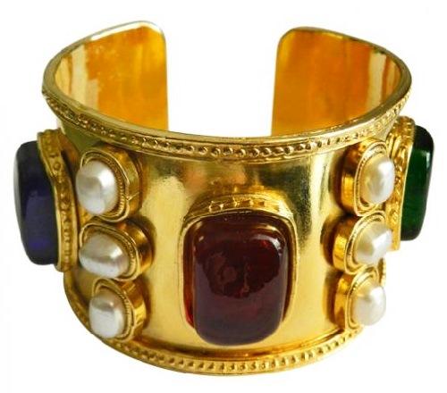 Massive gold jewellery alloy bracelet, Coco Chanel jewellery