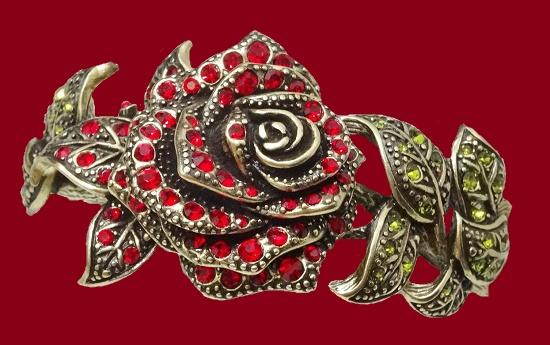 Elegant rose bracelet. 1980s