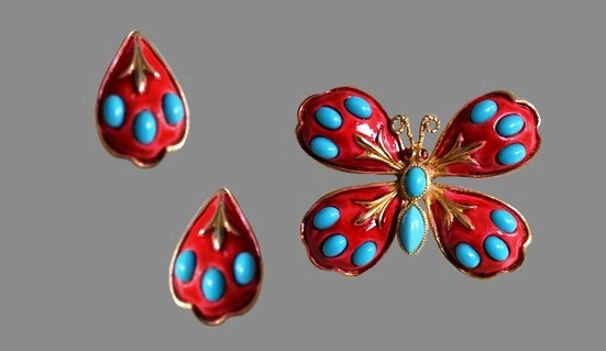 Joseph Heibronner & Edith Levitt set Butterfly Brooch and Clips. Scarlet enamel, turquoise cabochons, ruby crystals. 1960s, brooch 5.4 cm, clips 3 cm