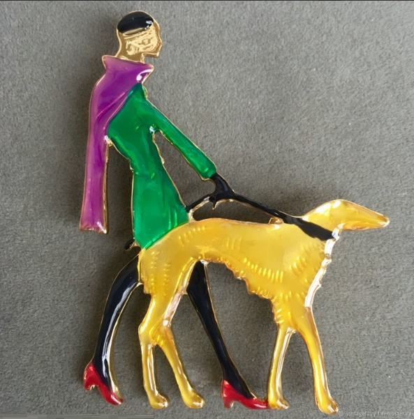 Lady with a dog, brooch