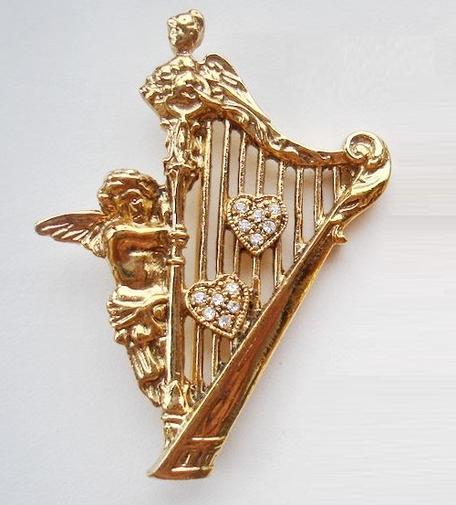 Angel and Harp, vintage brooch. Musical instruments in jewellery