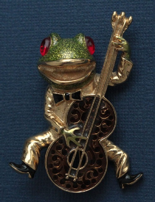Funny frog playing bass. KJL vintage brooch