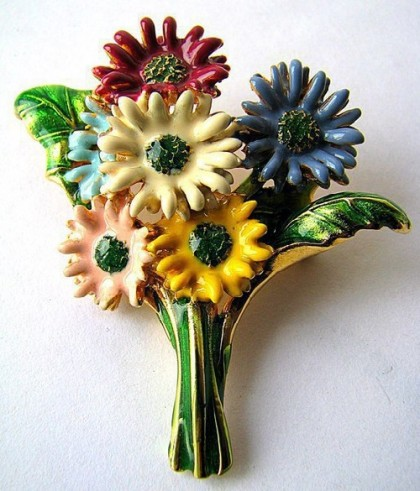 Multicolored bouquet of asters, brooch