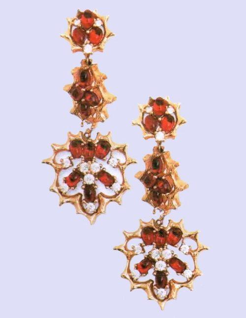 Red rhinestones earrings with pendants. metal, gilding, glass, rhinestone. 1960s. lengh 7 cm. £ 50-75