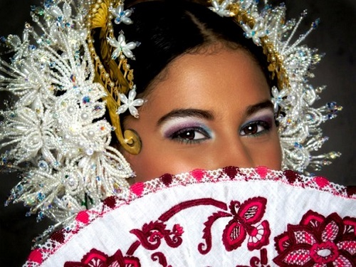 There is tremendous variety of Pollera in Panama these days but traditionally Pollera is in white color