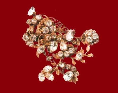 1950s brooch. Ancient metal, gilding, transparent rock crystal. 5.5 cm. £ 95-105 MAC