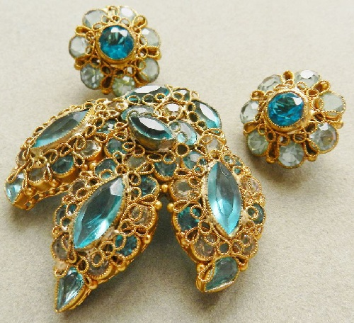 Original by Robert vintage jewellery