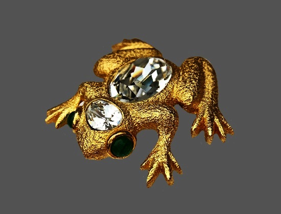 Frog brooch. 24 gold plated metal alloy, Swarovski crystals, art glass. 5 cm. 1980s