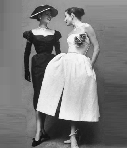Beautiful models in New Look, 1950s