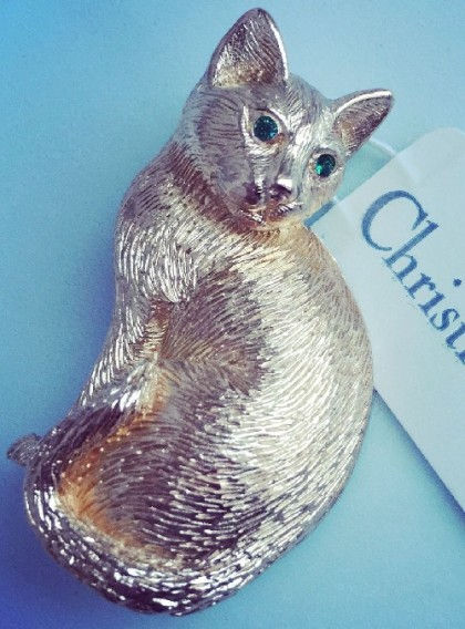 Cat Vintage brooch. Christian Dior jewellery