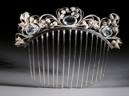 Gorgeous hair comb of the first half of the XIX century