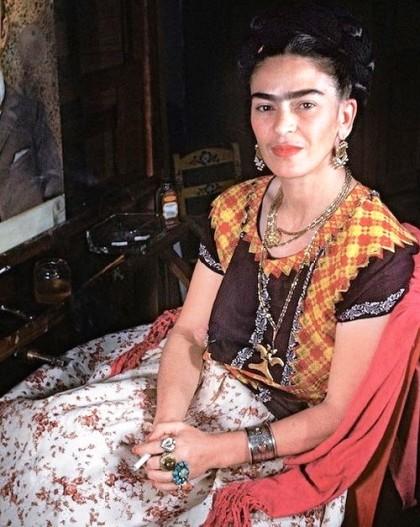 Color Photo by Gisèle Freund, 1951. Frida Kahlo