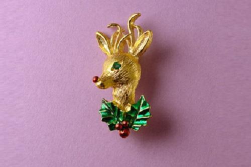 1970s Christmas deer brooch