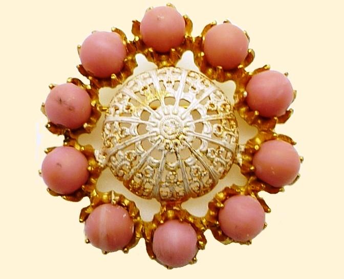 Gilt Gold Filigree Pink Brooch 1950s