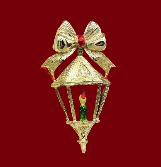 Lantern brooch. Gold tone alloy, enamel. 5.2 cm. 1970s