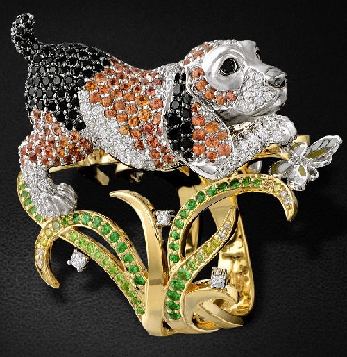 Ring Beagle Dog with rubies, diamonds and tsavorites in yellow and white gold