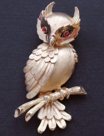 Trifari vintage brooch, 1964