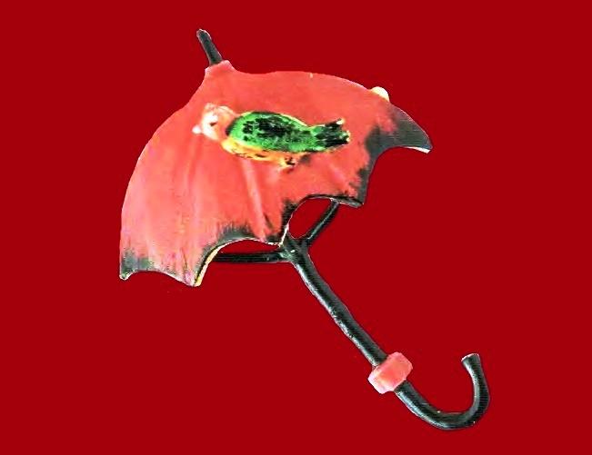Umbrella brooch. Metal, gilding, colored enamels. 1950's. 6.25 cm £ 35-45 JJ