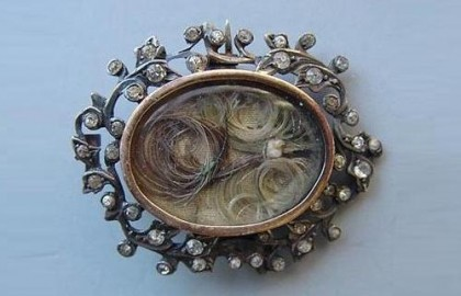 Hair inserts for memory. Victorian brooch, mourning jewelry
