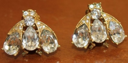 Fly Vintage clips. Christian Dior jewellery