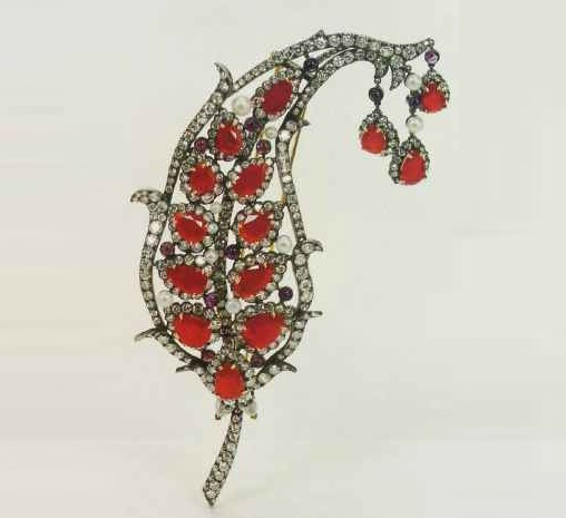 Leaf Brooch. 2000. The naturalistic style design with Indian ornaments; used Burmese rubies, cultured pearls, amethysts and diamonds