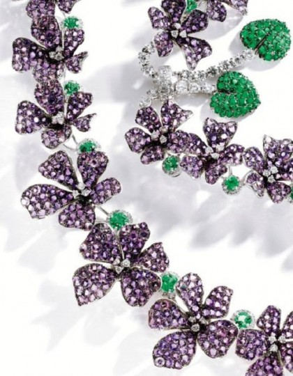 Amethysts, emeralds, diamonds, detail