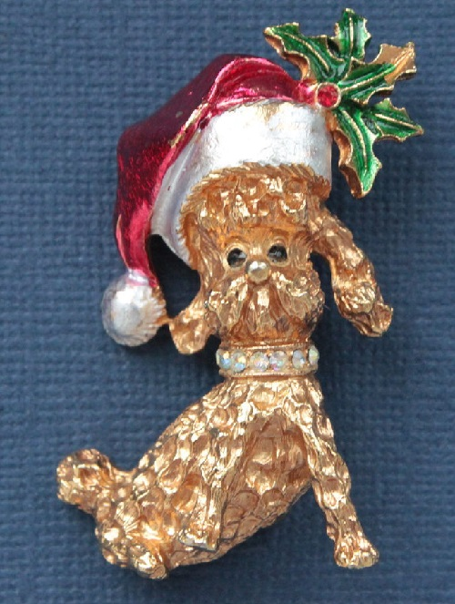 MYLU vintage brooch Dog