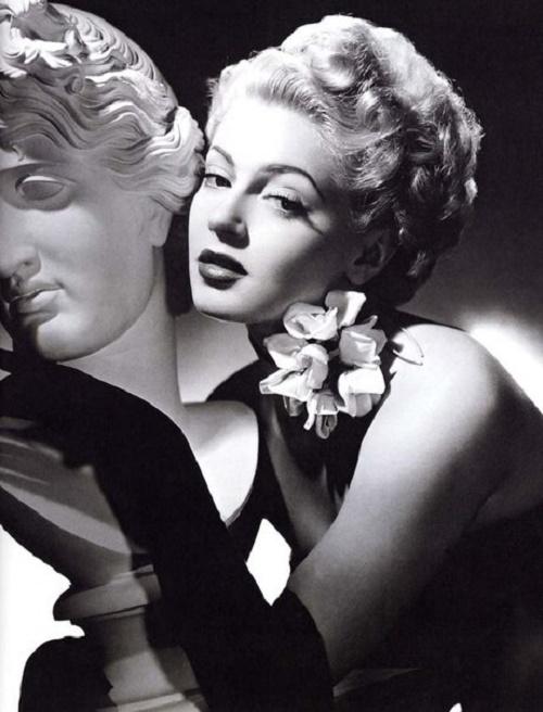 American actress Lana Turner