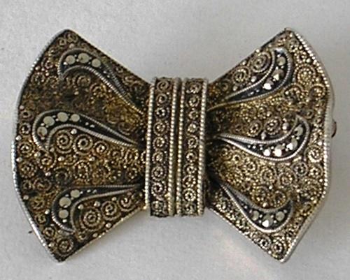 Stunning Silver brooch