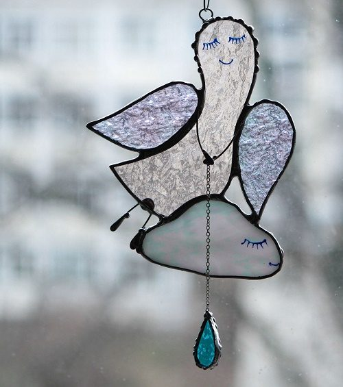 Vera Yurieva stained glass jewellery decorations