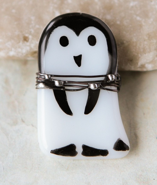Penguin Brooch. Glass, metal - silver, tin, made in the technique of stained glass Tiffany