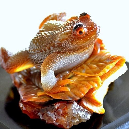 Frog of agate