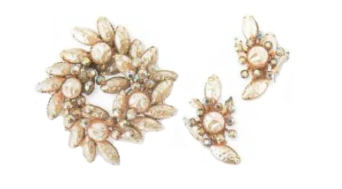 Aurora borealis, artificial pearl, rhinestones brooch and clips. 1960