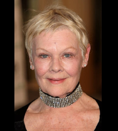 Judy Dench in choker with diamonds