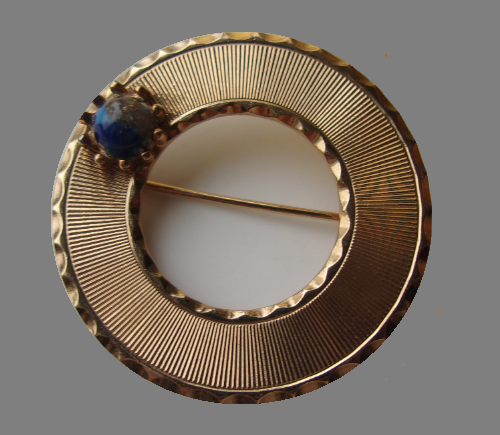 Round brooch, interchangeable cabochons. Vintage 1950s