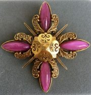Exquisite vintage costume jewellery Accessocraft