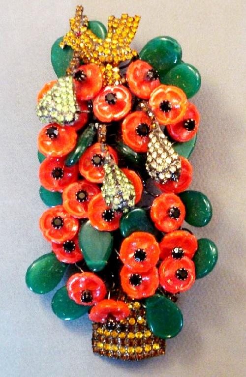 Partridge in a pear tree pin - design by Bettina Von Walhof